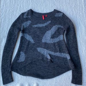 5/48 Charcoal gray knitted sweater